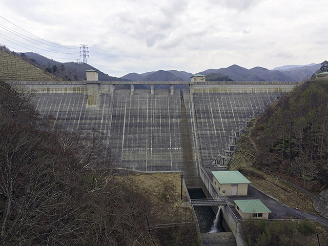 琴川ダム(山梨県山梨市)
