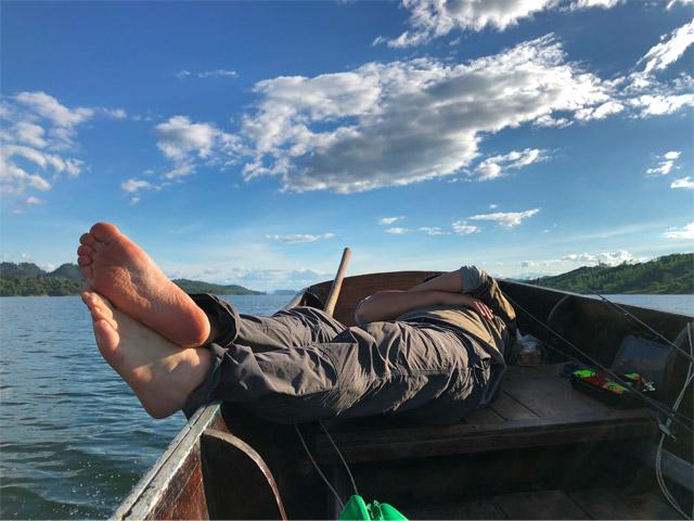 で、少しでも疲れたら寝る!あまり貪欲に楽しもうとしすぎない。それが大人の休暇だろう。