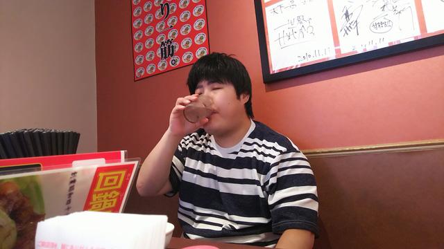 食べ終わった後の水もおいしい。
