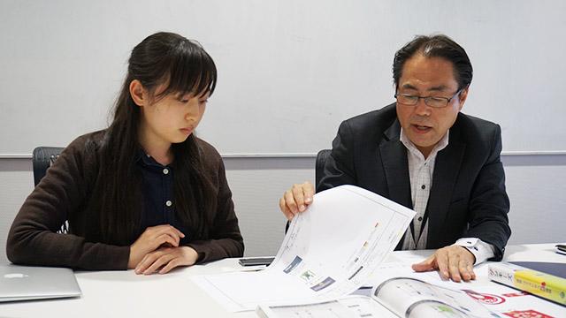 (左から)株式会社コトブキマーケティング本部の井上さんと一木さんに聞きます。