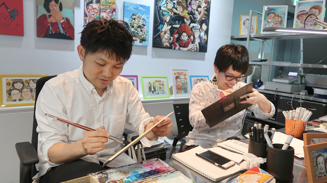 MATSさん(左)とSAKIさん(右)