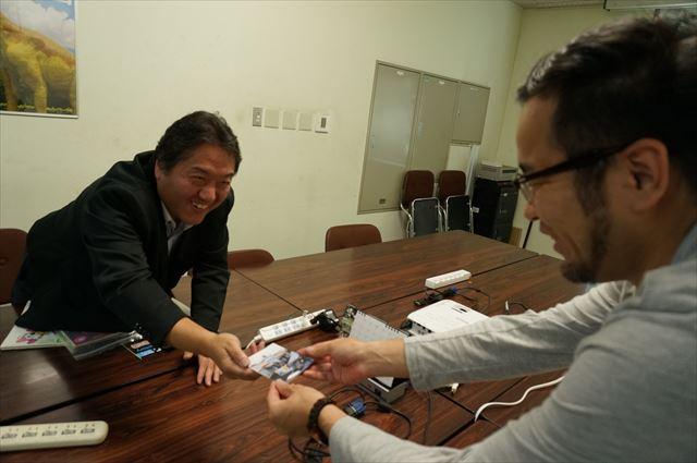 櫻井さん「ウルトラマンロボットの生写真、差し上げます」