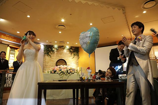 世界初の結婚式ヘボコンの優勝者は妻であった。