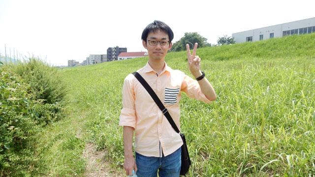 友人の中野坂さん(仮名)と河川敷に来た。