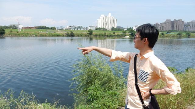 わざわざ来てくれた中野坂さんにも満足して欲しいので、このあと川を見て、