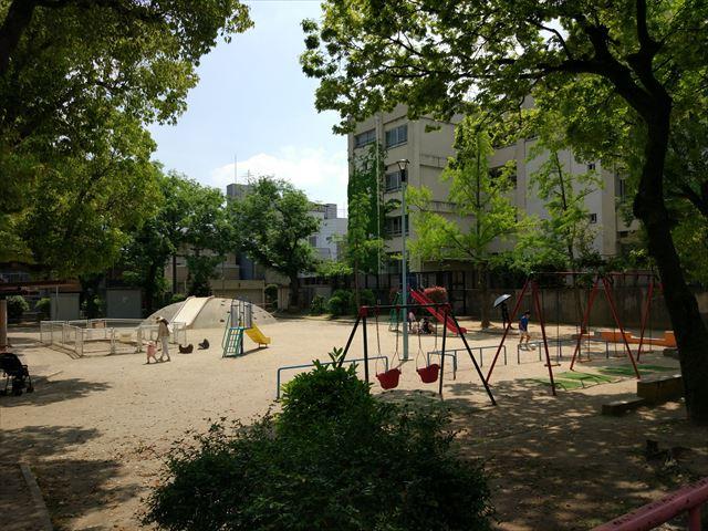 ちなみにこちらは、母校の小学校の隣にあるという公園。