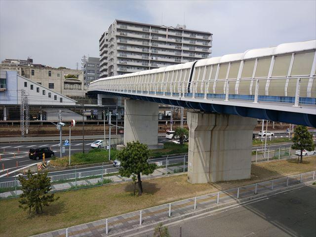 その歩道橋。