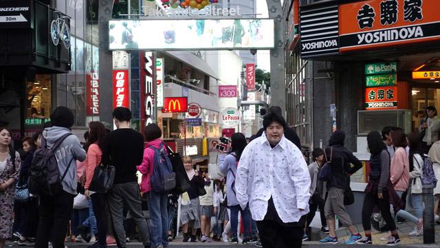 東京ガールズコレクションを意識しているらしい。