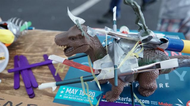 同じ恐竜のおもちゃを使っていても