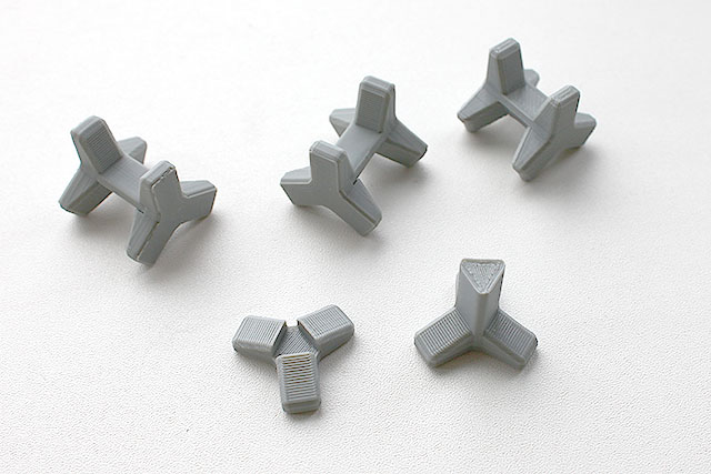 消波ブロック箸置き。積層型3Dプリンターで上手く作れるようにパーツを分割してあります。