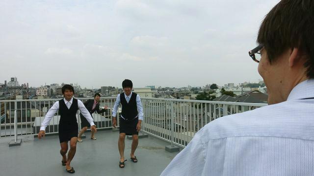石川課長から見た視点で体験してみよう…