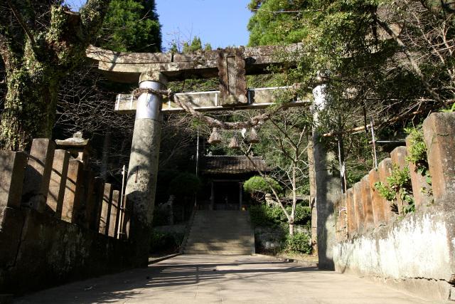 江戸時代の絵図にも見られる﨑津諏訪神社、住民は参拝する際に「あんめんりうす(アーメン・デウス)」と唱えてたそうだ