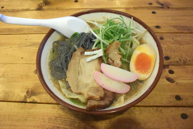 デニムラーメンの野菜(750円)。