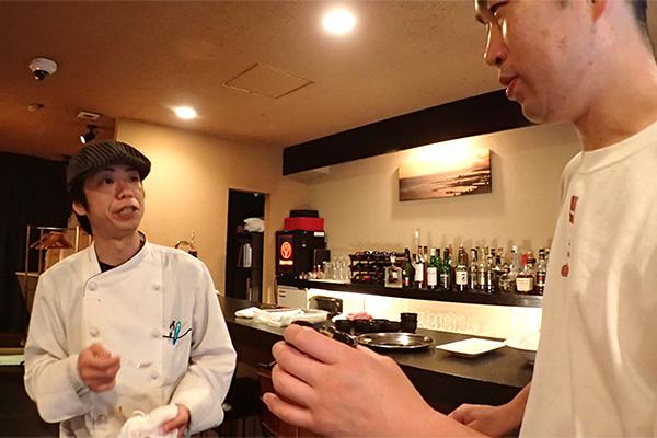 撮影の場に、調理を生業としてる方がふたりもいたので、味の評価の信憑性は高いと思う(突然出てきたのは、撮影協力してもらってるお店の鶴井シェフと、この近所で飲食店をやっておられるライター馬場さん)