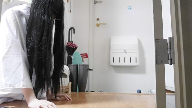 ドア前って怖くない?