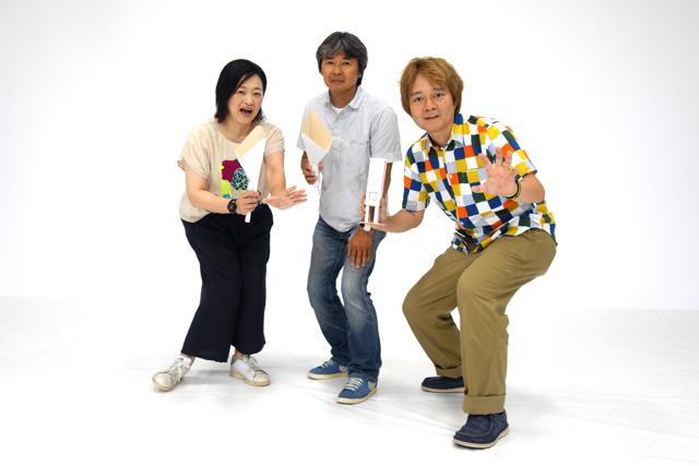 小学館ということで、それらしい決めポーズで。とまどいの表情を隠せない中央が、大沢氏。
