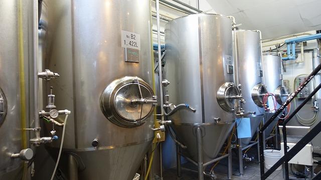 発酵や熟成を行うタンクも、僭越ながら幽霊となって木内酒造のものを使わせていただく