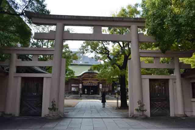 問題2 坐摩神社(出題:西村)