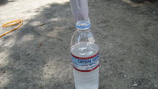 タンク用に買ったペットボトルにポンプが入らず