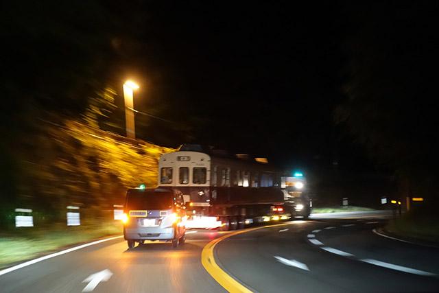 「峠のダウンヒルを走る電車」の光景は一生忘れない