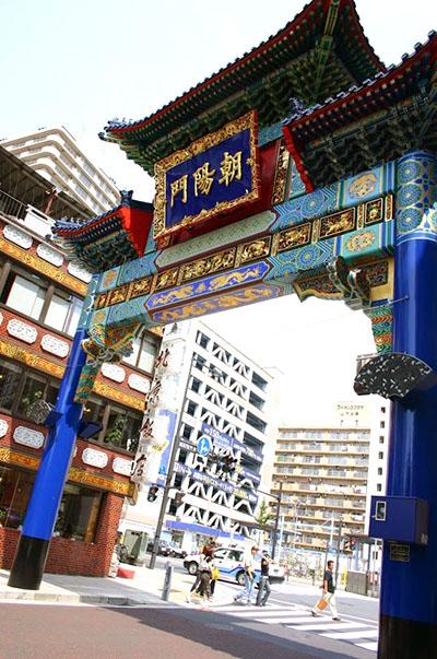 中華街の門にも雷紋は無い。
