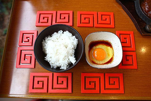 はい、卵かけご飯も中華料理化。