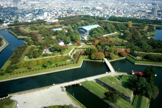 日本100名城で築城が最も新しい函館の「五稜郭」、星型がカッコ良い西洋式城郭だ