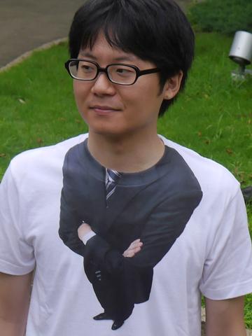 このTシャツ、原価で1000円こえてました(プラスで送料がかかる)