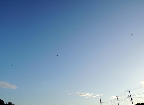 え! 飛行機が3機も!?
