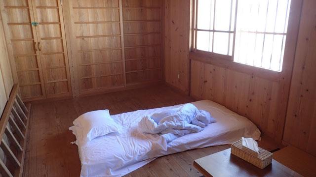 沖縄で泊まったAirbnbの部屋