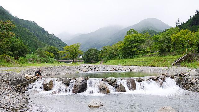 多摩川の源流域なので水も綺麗!