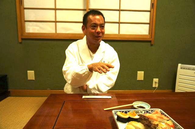 寿司屋の常連になるとより楽しく食事ができるらしい。お店側もお客さんの好みがわかってくるので、好きなものや珍しいものをだしてくれるようになるとのことだ。そうするとどんどんハマってしまうのだ。