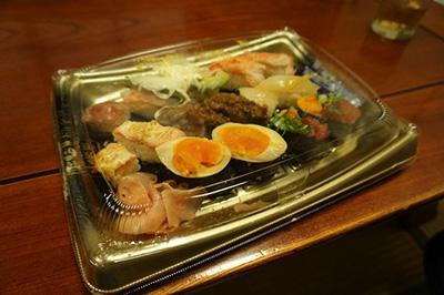 ただし家に帰ってから回転寿司の寿司を食べたけどやっぱりこれはこれで美味いと思った。高校生のときに留年しそうになった僕であるが、それでも最終的には温かく応援してくれた母のような安心感を思い出した。