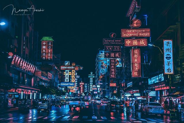 ブレラン映えると、バンコクの中華街の香港っぽさにも拍車が掛かる。