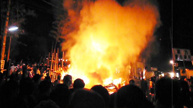 燃~えろよ燃えろ~よ~ なぜ人は、火を見ると高揚するのか?