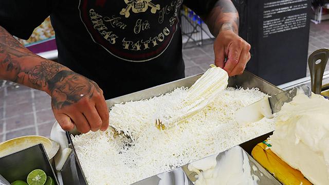 チーズをまぶして、